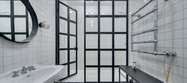 6 Myths About Glass Shower Doors