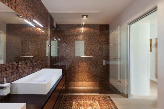 5 Advantages of Tempered Glass for Your Glass Shower Door